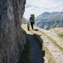 Disfrutar de los Pirineos Catalanes con niños: dos excursiones que no puedes perderte