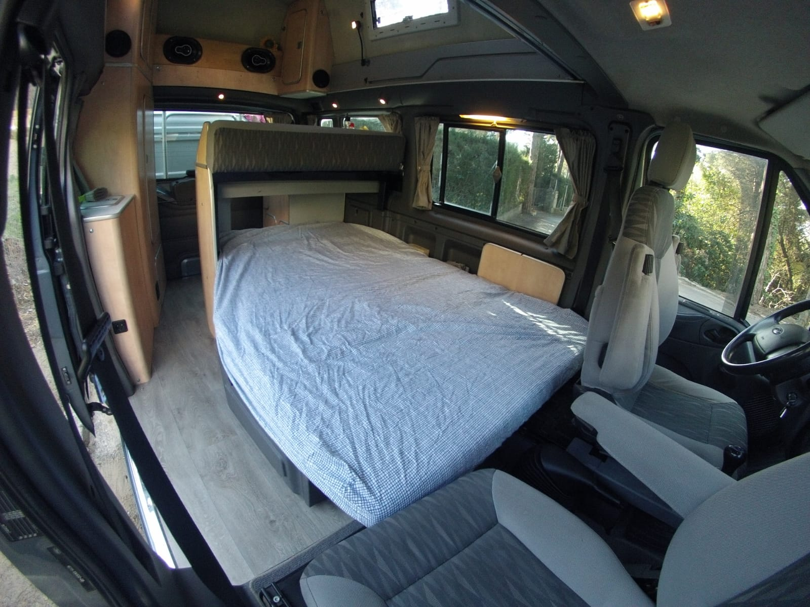 cama inferior en ford transit nugget westfalia